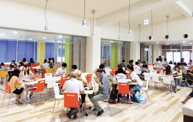 広島大学 新しい店舗と食堂2014...